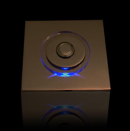 Klingel Messing mit rundem LED beleuchtetem Glasaufsatz