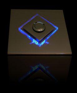 Designer Klingel Messing mit LED bel Glasaufsatz als Raute
