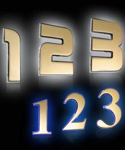 Hausnummer Messing mit Glas und LED Beleuchtung